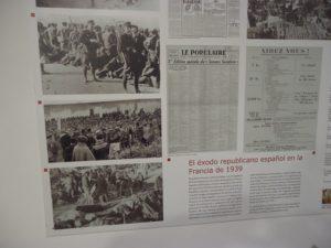 Exposición Hacia el exilio, instalada en la Casa de la Memoria.