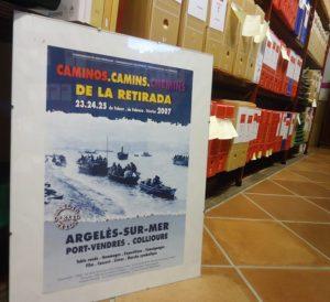 Un cartel sobre la Retirada, editado en 2007, en el Archivo de la Casa de la Memoria La Sauceda.