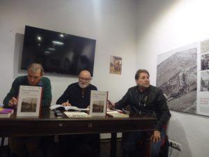 Andrés Rebolledo presenta el acto.