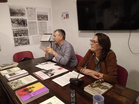 José Beneroso y Belén López Collado, durante la presentación del libro en la Casa de la Memoria.