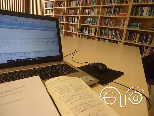 Investigación de los Libros de Desembarco en el Centro de Estudios Andaluces, en Coria del Río (Sevilla).