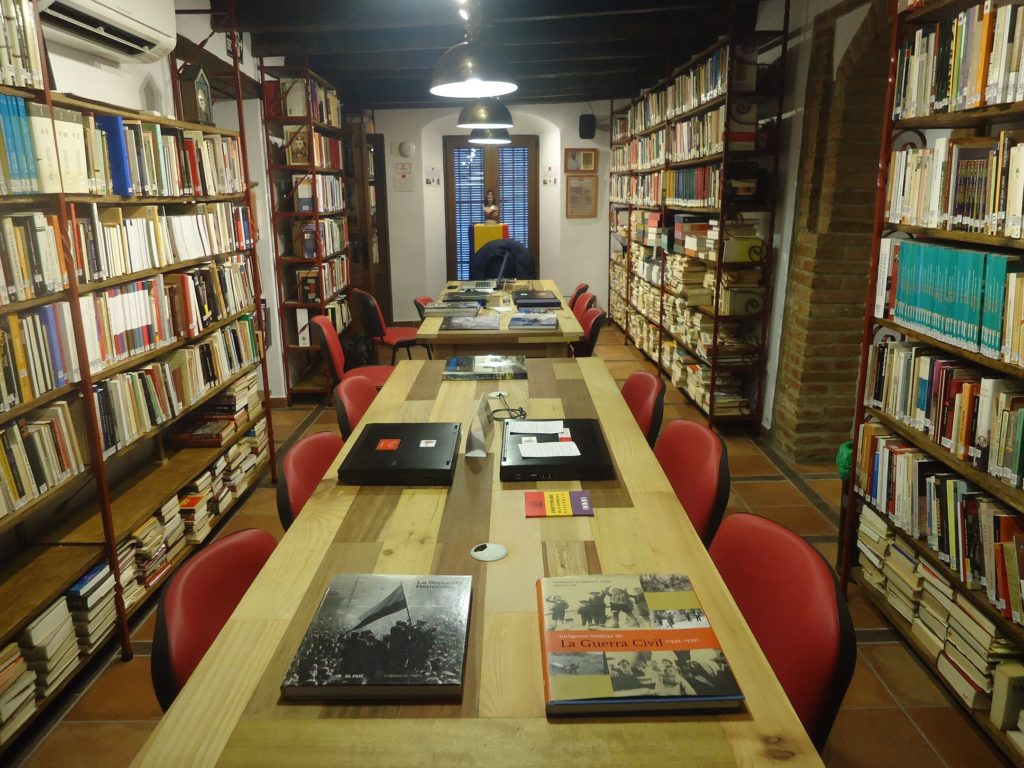 Biblioteca de la Casa de la Memoria.