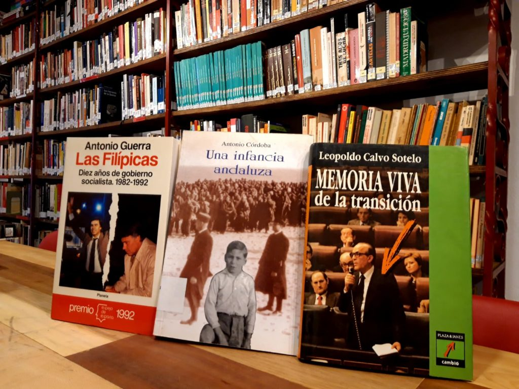 Selección de libros donados por Paco Lobatón.