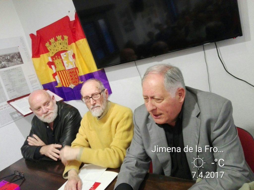 Felipe Alcaraz interviene, junto a Andrés Vázquez de Sola y Juan Gómez García.