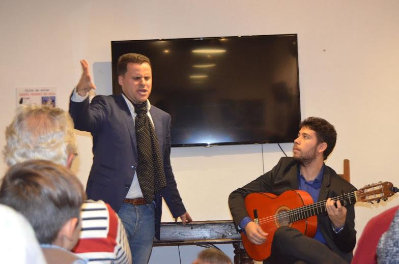 Actuación de Juan Pinilla.