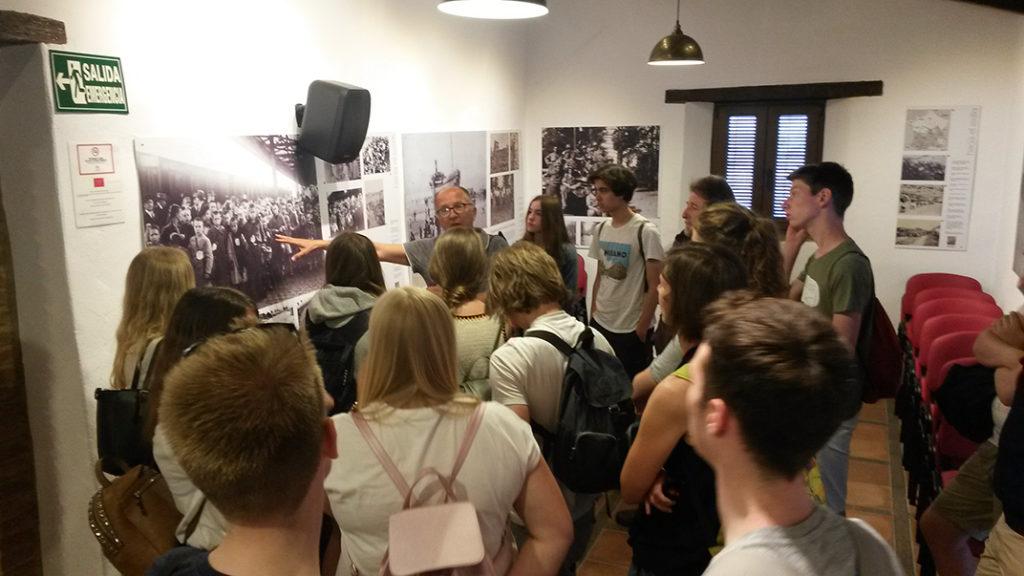 Estudiantes belgas, el 8 de mayo de 2018 en la Casa de la Memoria.