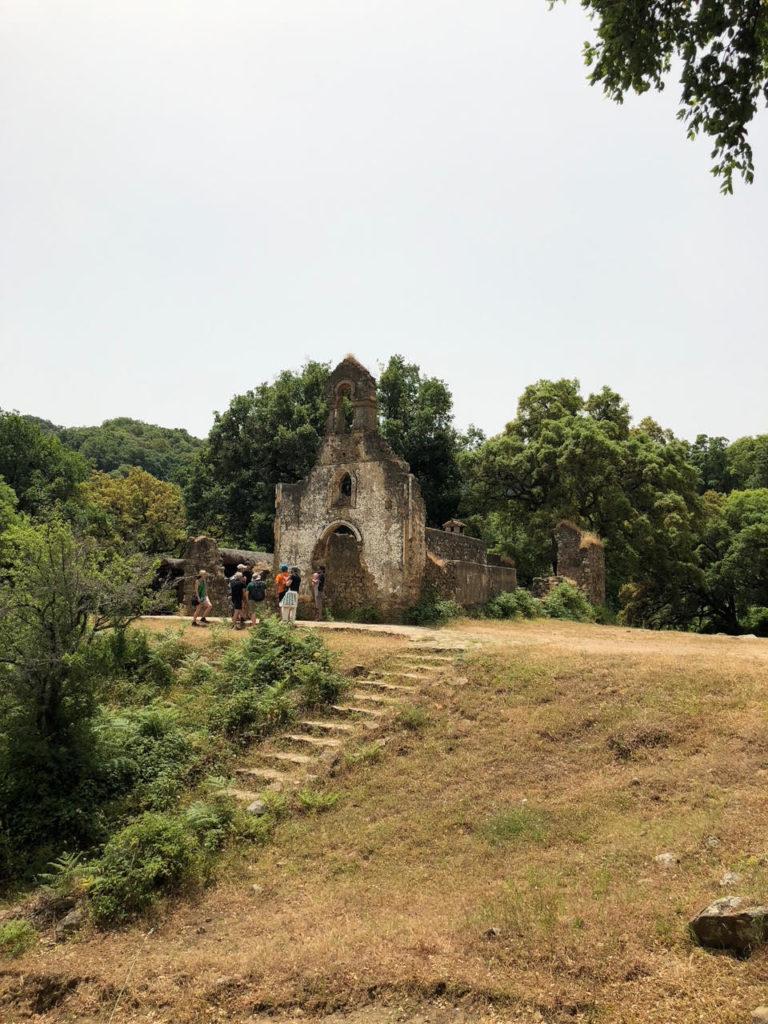 Visita al antiguo poblado de la Sauceda.