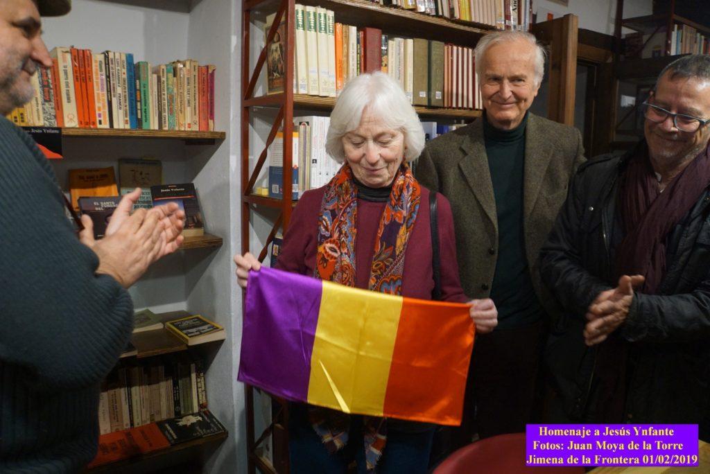 Pilar Infante, en la inauguración del Rincón de Jesús Ynfante en la Biblioteca de la Casa de la Memoria.