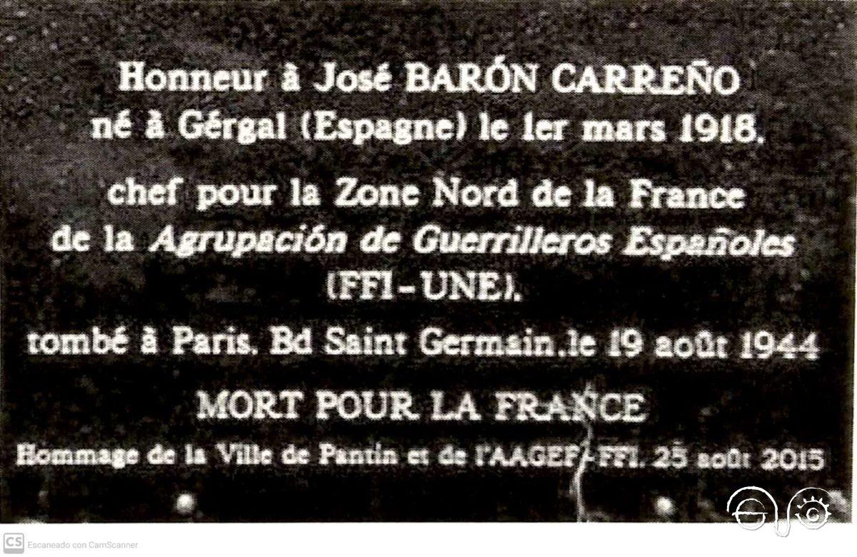 """Placa , junto al enterramiento, por la que se le declara """"muerto por Francia"""""""