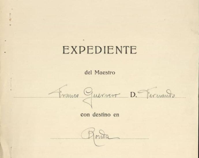 Instrucción pública. Expediente del maestro Fernando Franco Guerrero.