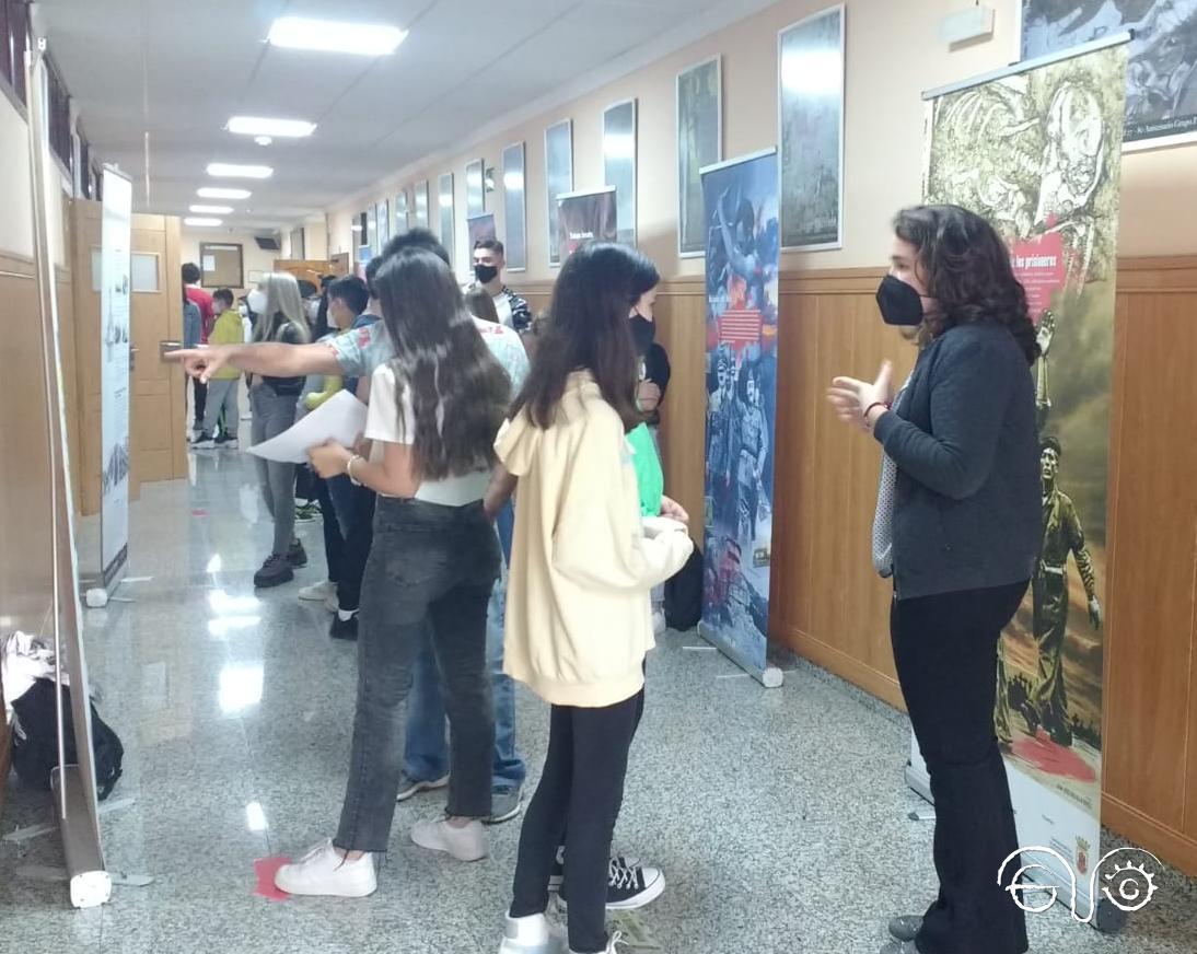 Exposición en el IES Los Remedios de Ubrique.