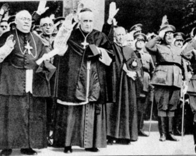 Ejército e Iglesia, de la mano con la sublevación contra el gobierno republicano.
