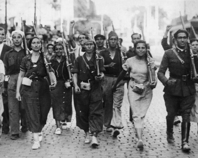 Grupo de milicianos.