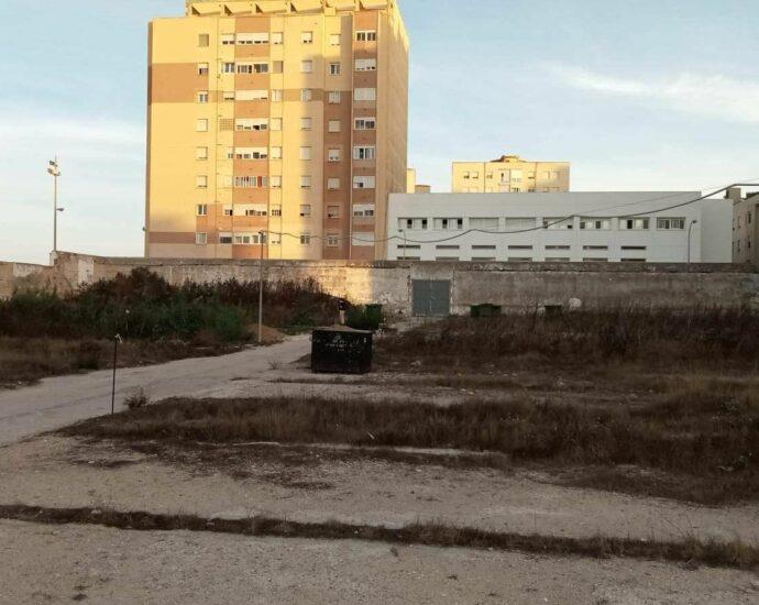 Fosa sur del cementerio de Cádiz.