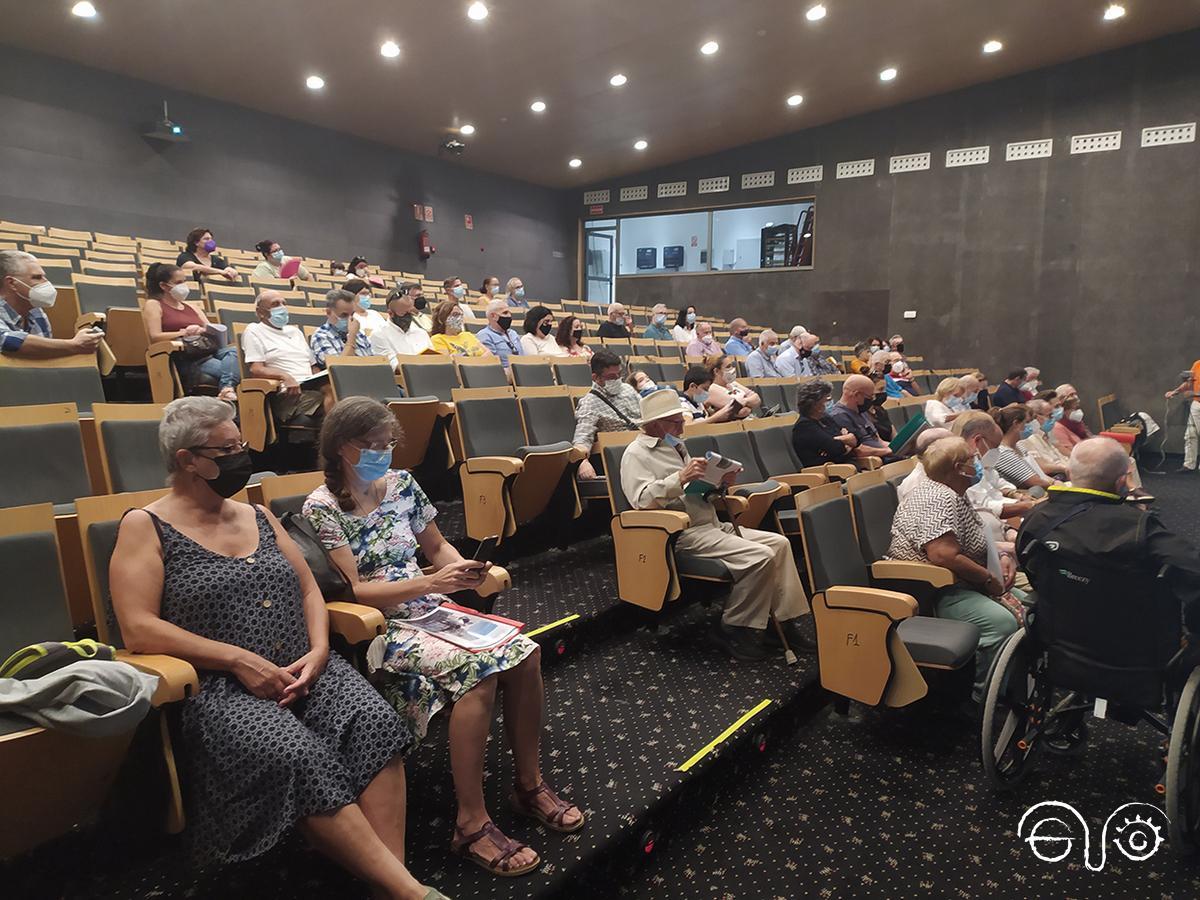 The meeting took place at the Palacio de Congresos y Exposiciones of La Línea.